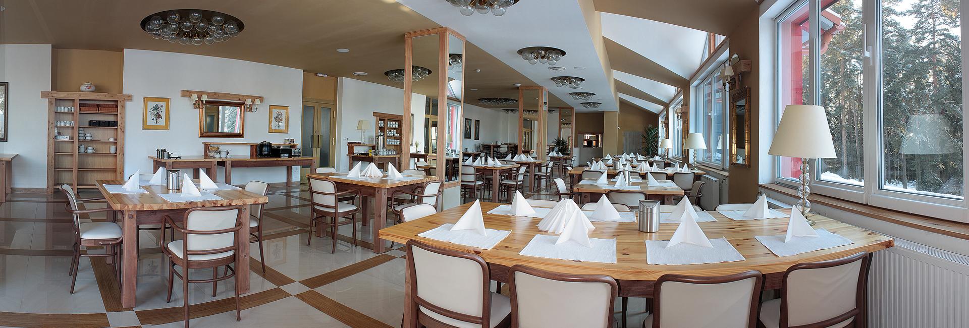 Hotel BouCZECH *** - snídaňová místnost